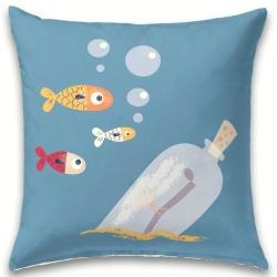 Cojín decorativo de 60x60 CRABBY peces y botella en el mar